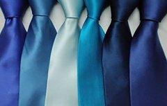 <b>领带是职业装西装灵魂_领带图案搭配方法</b>